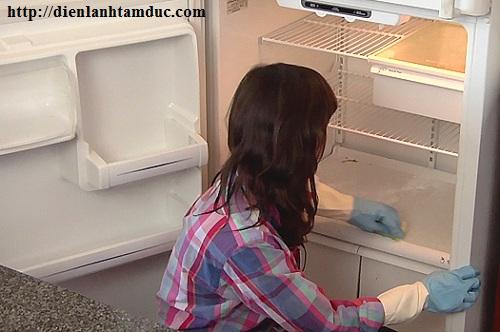 Cách xử lý hiện tượng tủ lạnh chảy nước