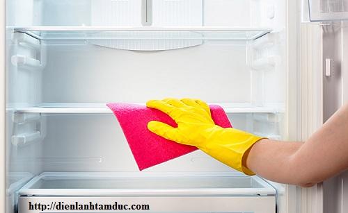 Vì sao thức ăn bị hư hỏng ở trong tủ lạnh